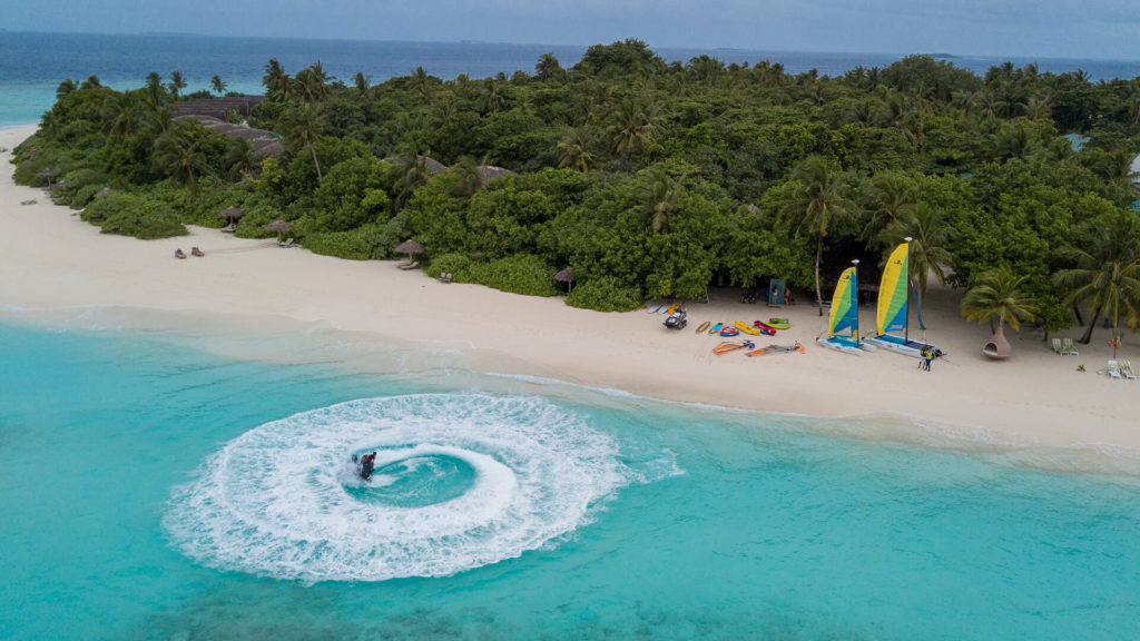 Furaveri Island Resort & Spa Flaming Summer 2020 Offer