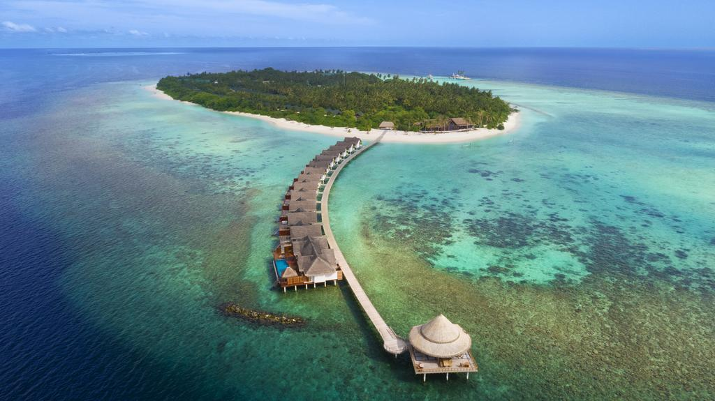 Furaveri Island Resort & Spa Maldives Special Family Package