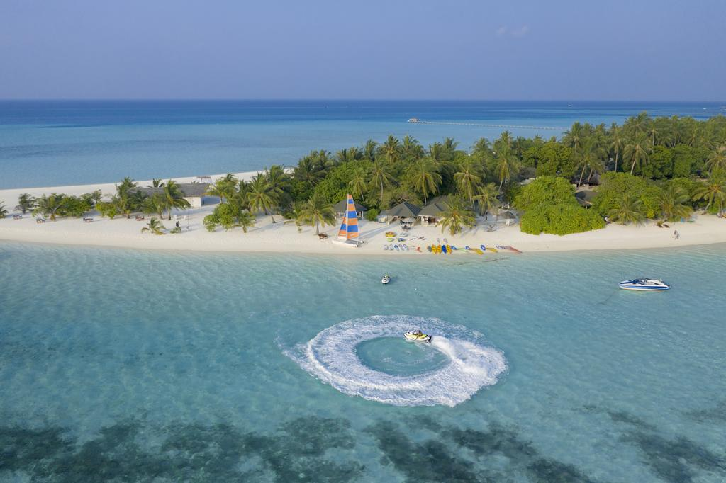 Holiday Island Resort & Spa – 20% Discount Early Booking Offer