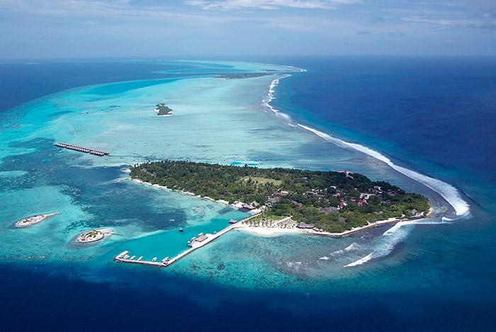 Adaaran Select Hudhuranfushi Maldives Easter Offer