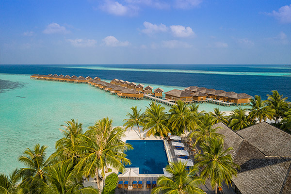 Vilamendhoo Island Resort & Spa Early Booking Offer